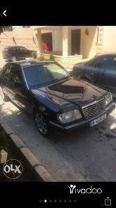 Mercedes-Benz in Beirut City - Mercedes E 220 coupe 1994