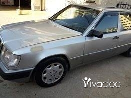 Mercedes-Benz in Tripoli - 300 موديل 90 فتحة مركزي ألارم كهربا أيسي