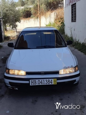 Honda in Beirut City - Honda accord 1992 EX outomarik