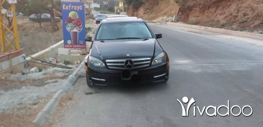 Mercedes-Benz in Beirut City - For sale 2011 c300 ajnabiyeh