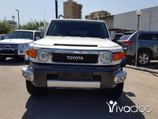 Toyota in Dbayeh - 2010 Toyota FJ Cruiser
