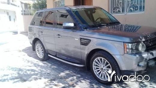 Rover in Port of Beirut - Rang rover 2012