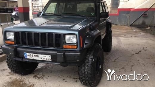 Jeep in Beirut City - Cherokee xj 98