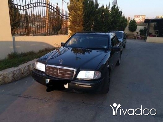 Mercedes-Benz in Tripoli - مرسيدس s220