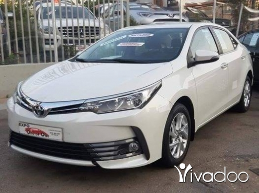 Toyota in Bouchrieh - Toyota corolla 2017 (super full package)