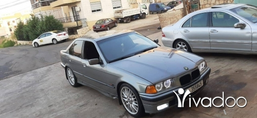 BMW in Tripoli - بأم 320 موديل 92