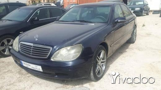 Mercedes-Benz in Beirut City - Mercedes 320S model 2000 full