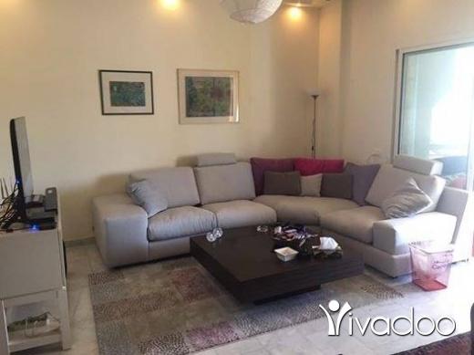 Apartments in Baabda - للبيع شقة ٢٠٠ م + تراس ٦٠ م في بعبدا طريق القصر الجمهوري بسعر مغري نقدا تل 81894144