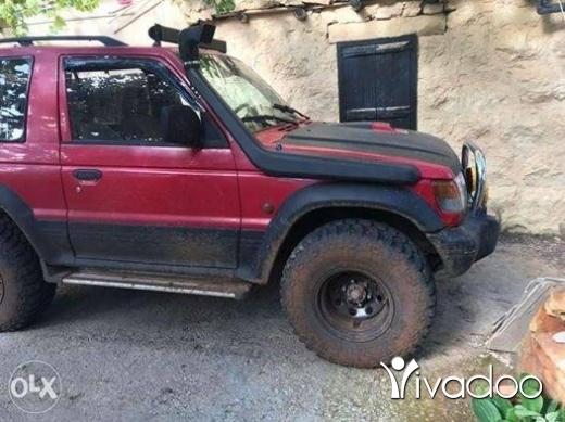 Mitsubishi in Tripoli - Pajero
