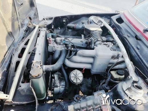 BMW in Halba - Bmw 318 3laya moter 30 mal8um ankad