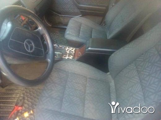 Mercedes-Benz in Tripoli - سيارة