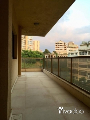 Apartments in Tripoli - Apartment 400sqm for rent in Caracas/Kraytem close to LAU