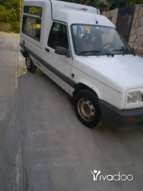 Renault in Akkar el-Atika - rapid