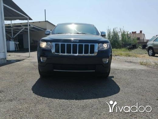 Jeep in Safra - Grand cheeroke Laredo 2012 full options