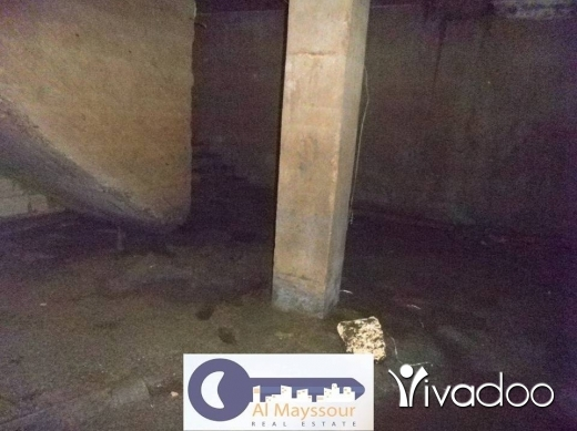 Apartments in Tripoli - للبيع مستودع التبانة متفرع من شارع سوريا مساحة 350 م
