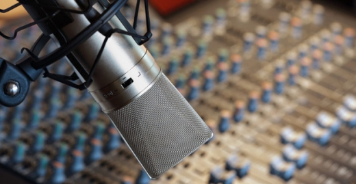 Media, Design & Creative in Sin El Fil - Voice Over ومعد ومقدم برامج يطلب عملا في بيروت