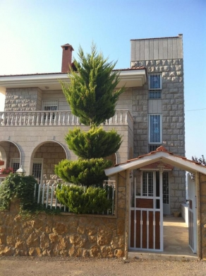 Villas in Bikfaya - Villa furnished in Ain Haj Elias/ Bikfaya