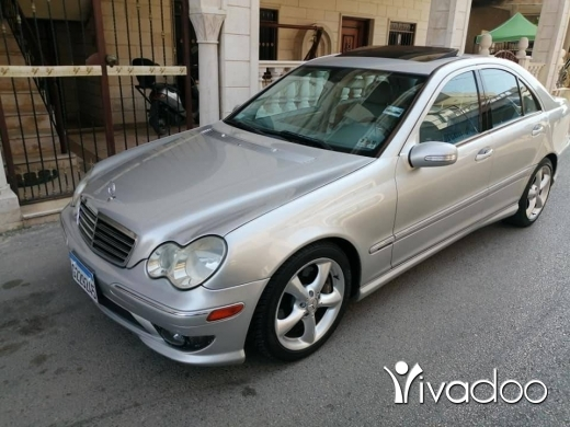 Mercedes-Benz in Zgharta - C 230 mod 2005 4 cylindre 200 km/20litre