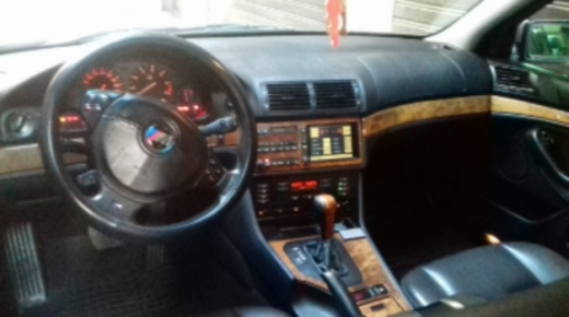 BMW in Charqiyeh - للبيع BMW 528i full option in very good condition