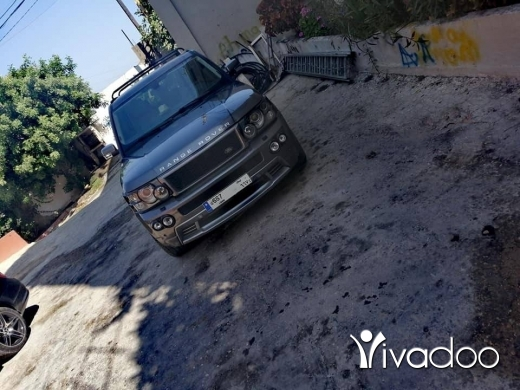 Land Rover in Beirut City - Rover
