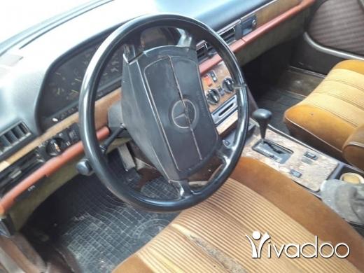 Mercedes-Benz in Sir Denniyeh - mercedes mezout
