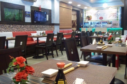 Shop in Zouk Mosbeh - restaurant for sale located on Zouk Mosbeh