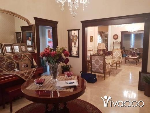 Apartments in Barsa - شقة للبيع في منطقة عزمي )