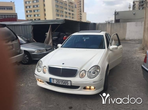 Mercedes-Benz in Beirut City - E320 avantgarde 2003 white