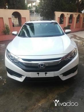Honda in Beirut City - Honda civic 2017 Ex turbo 1.5 white