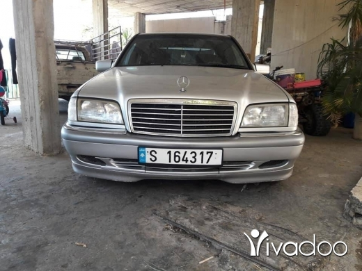 Mercedes-Benz in Hasbaya - Mercedes benz 200