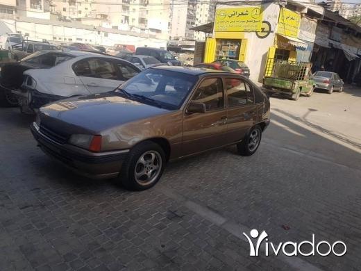 Opel in Majd Laya - opel cadette 85