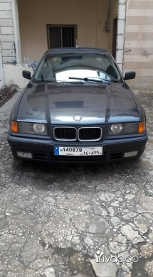 BMW in Port of Beirut - bmw 325