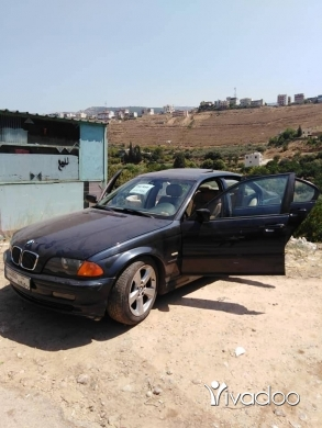 BMW in Zgharta - Bmw new boy 323i model 1999