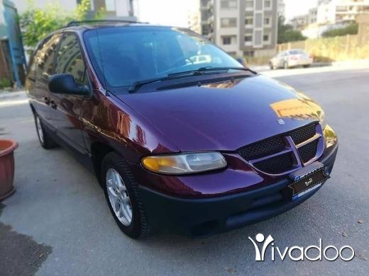 Dodge in Beirut City - دوتج كرفان موديل 2000