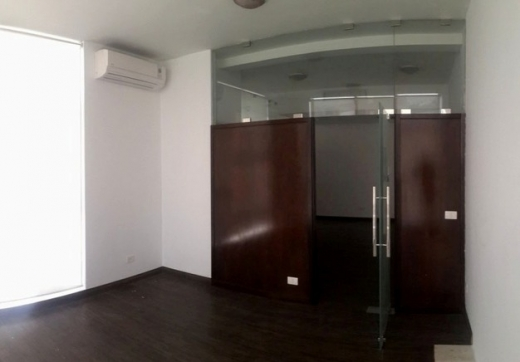 Office Space in Zalka - Office for rent in Zalka SKY319