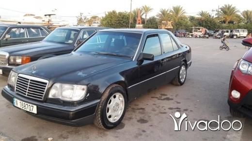 Mercedes-Benz in Tripoli - mercedes 300