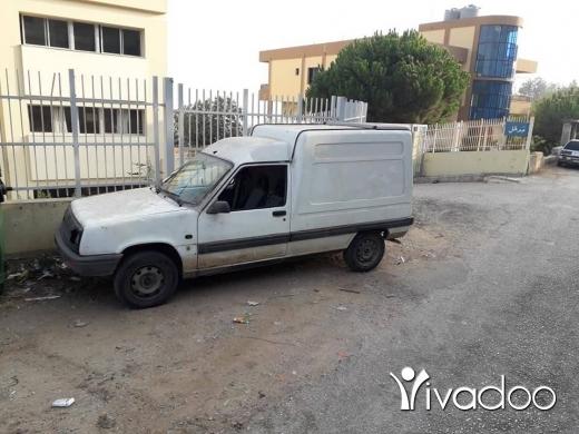 Renault in Tal Bireh - للبيع أنقاض