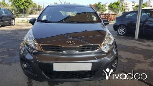 Kia in Bikfaya - Kia rio 2013 gs like new