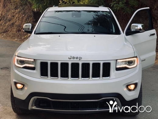Jeep in Beirut City - Grand Cherokee limited mod 2014