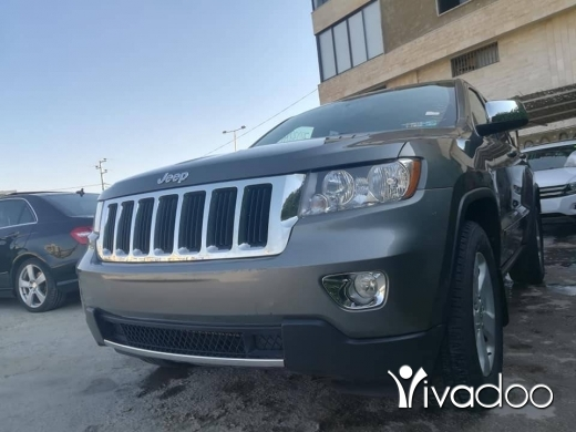 Jeep in Zahleh - Jeep clean carfax low mileage and full options