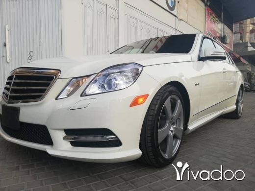 Mercedes-Benz in Afsdik - Mercedes Benz E350 model 2012 white