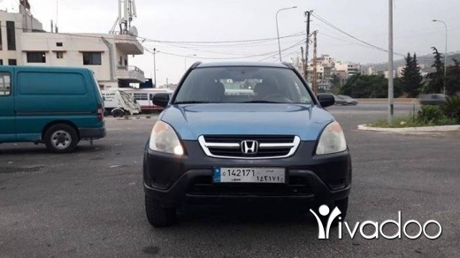 Honda in Dbayeh - CRV 2002 4x4 in excellent condition