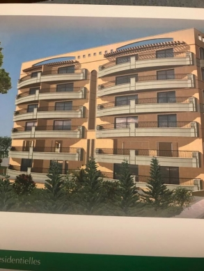 Apartments in Hazmieh - House for sale in Baabda