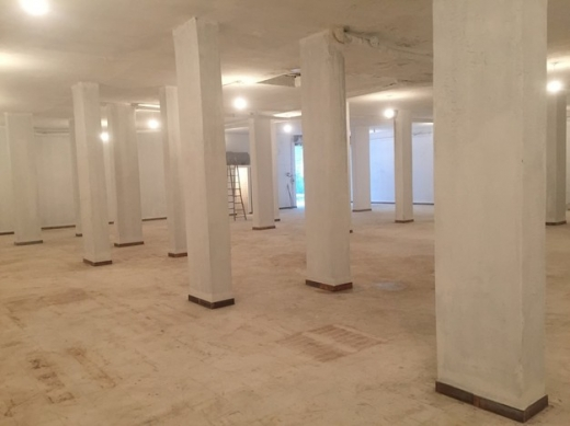 Office Space in Beit el Chaar - Warehouse in awkar for rent or sale