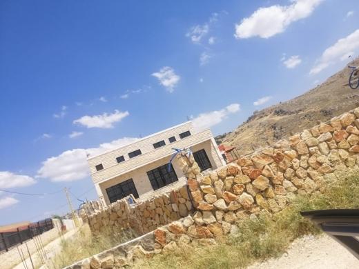 Apartments in Sarhine - بيت  طابقين للبيع بسعر مغري