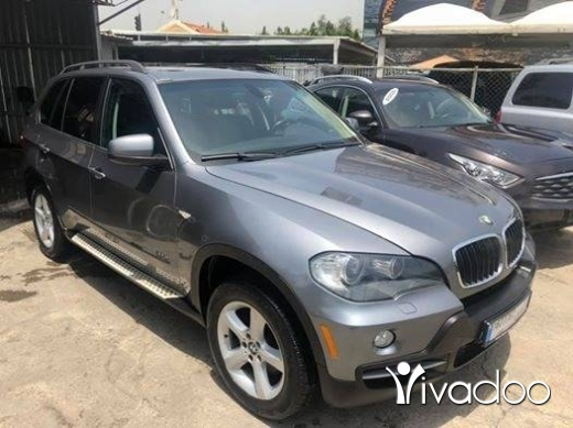 BMW in Dbayeh - BMw X5 2007 grey on black leather 7 seats panoramic super clean full option