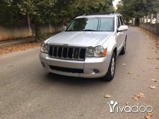 Jeep in Beirut City - Jeep 2008 v8 limited for sale silver