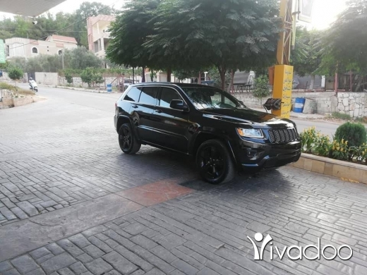 Jeep in Beirut City - grand Cherokee 2015 altitude