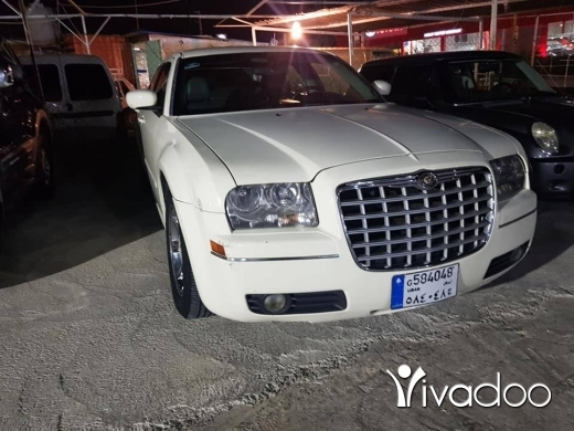 Other in Port of Beirut - Chrysler 300 . V6 . 2004