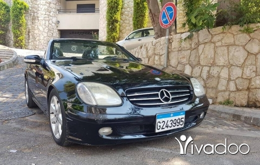 Mercedes-Benz in Beirut City - Mercedes SLK 230 2001 black for sale
